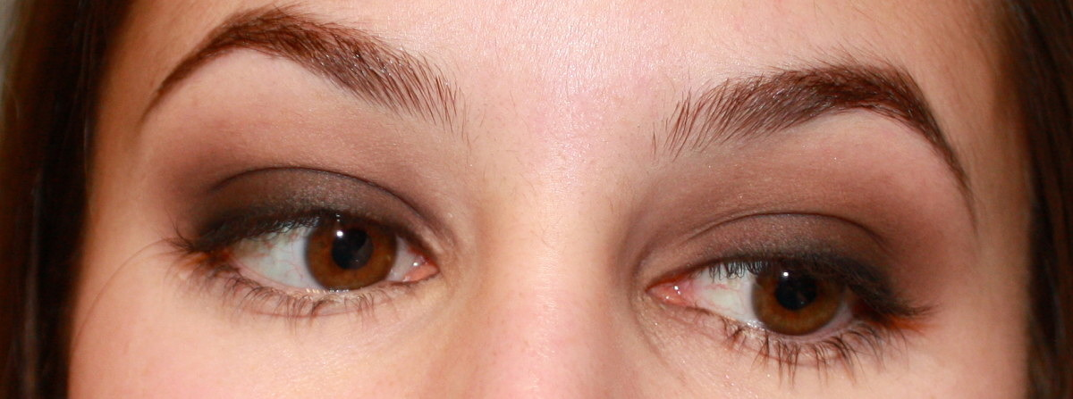 Smokey Eyes – Brown Eyeshadow