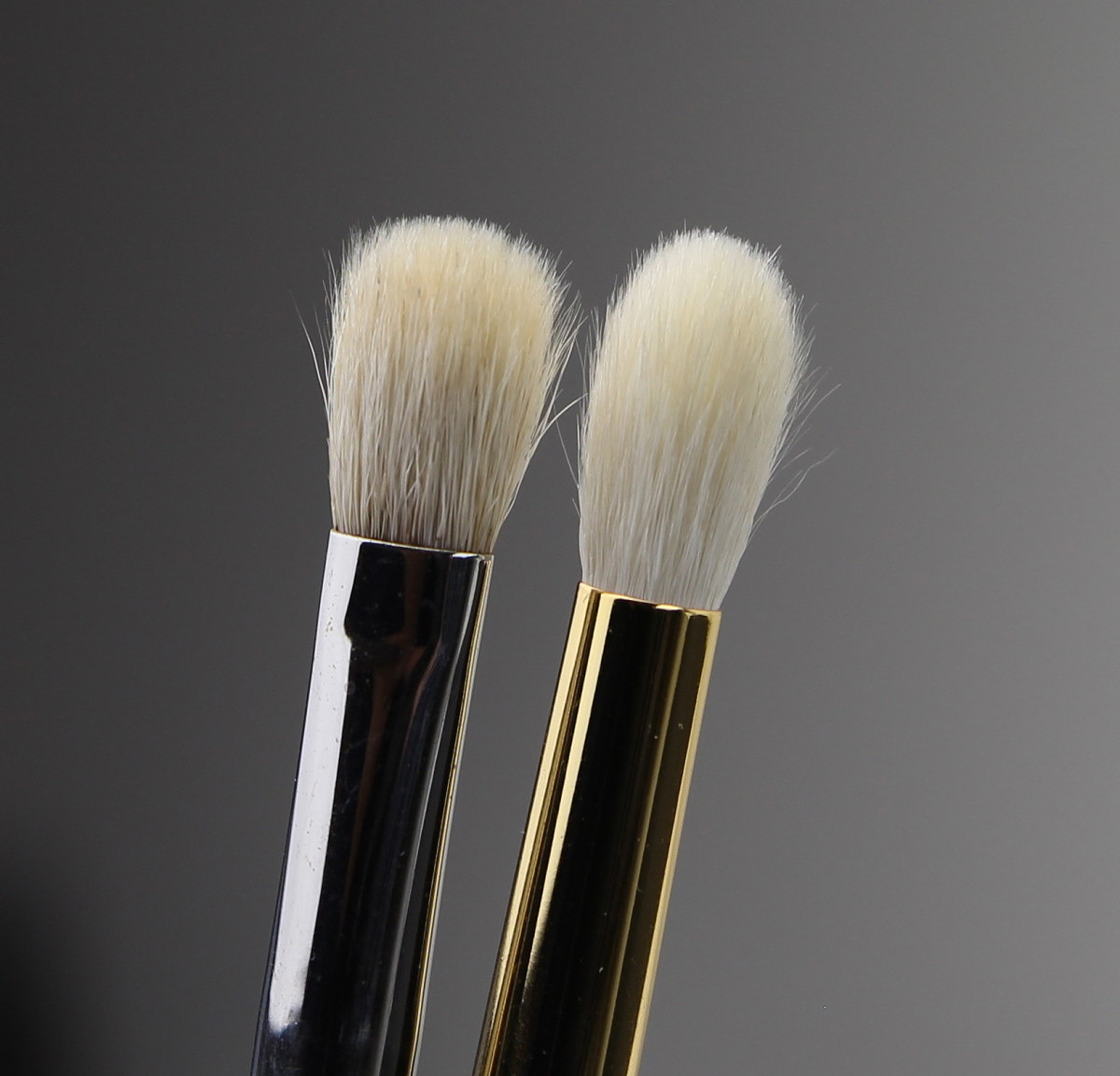 Tom Ford 13 Eyeshadow Blend Brush