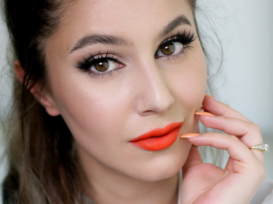 Fresh Holiday Makeup Tutorial + Sephora Code!